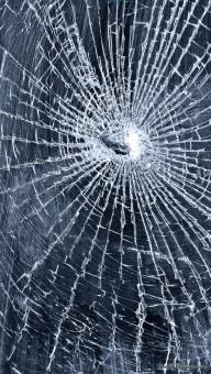 ガラスのひび割れを修理する方法